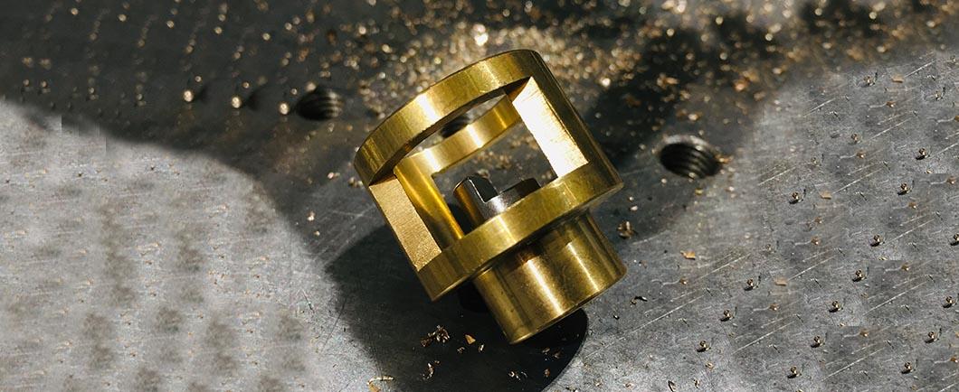 Thickness gauge and pirotechnics Actuators